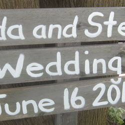 Rustic weddings still hot for 2013/14 wedding couples!